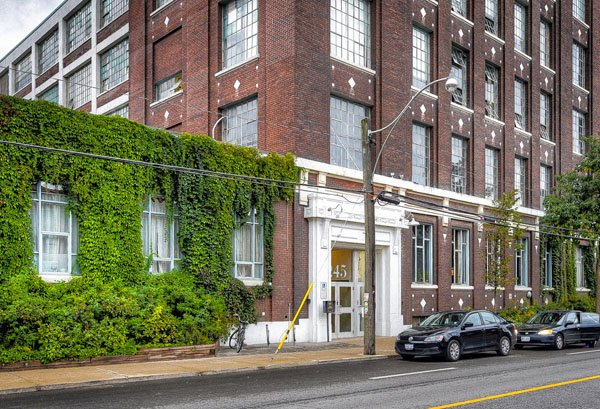 Wrigley Lofts – 245 Carlaw Avenue