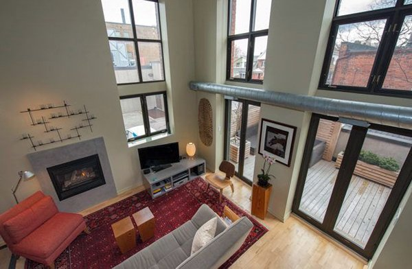 Printers Row Lofts - 525 Logan Avenue