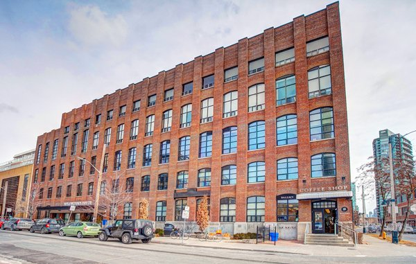 Toy Factory Lofts – 43 Hanna Avenue
