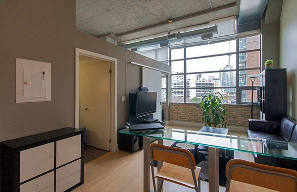 Tip Top Lofts – 637 Lake Shore Boulevard