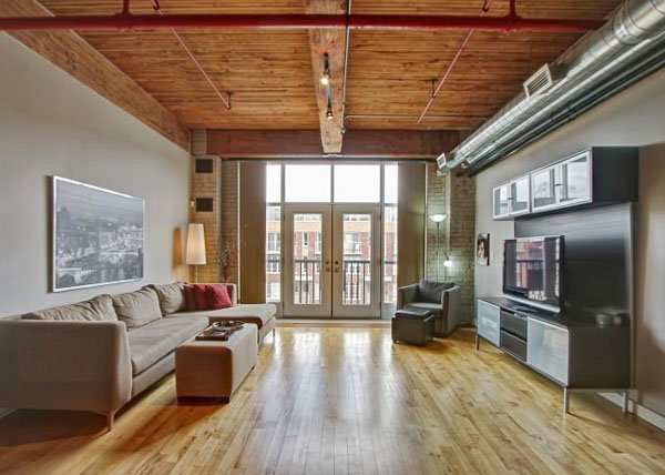 Wallace Station Lofts – 371 Wallace Avenue