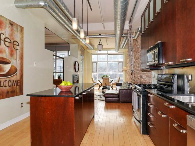 Academy Lane Lofts – 1852 Queen Street East