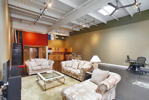 i-Zone Lofts – 326 Carlaw Avenue & 1159/1173 Dundas Street East