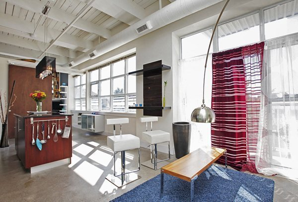 West Village Lofts – 550 Hopewell Avenue