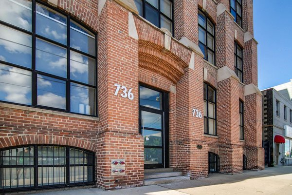 Tannery Lofts – 736 Dundas Street East