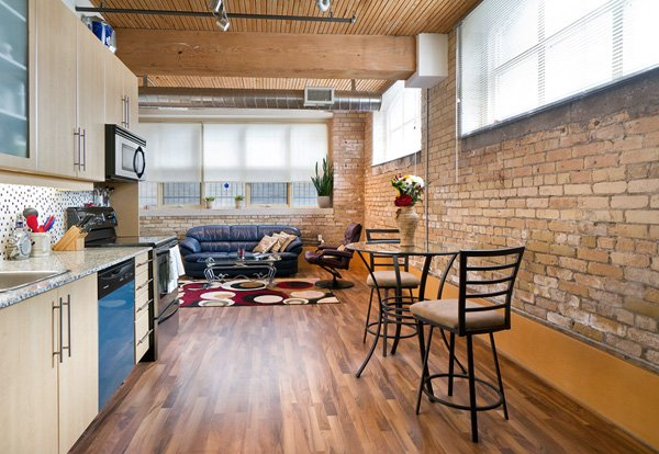 Tannery Lofts – 736 Dundas Street East