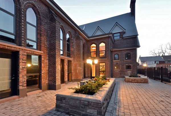 West 40 Lofts – 40 Westmoreland Avenue