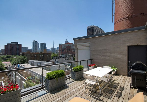 Steam Plant Lofts – 10 Wellesley Place