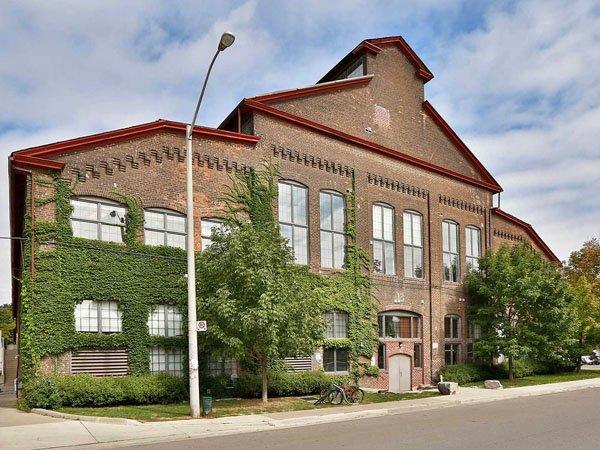 The Foundry Lofts – 1100 Lansdowne Avenue