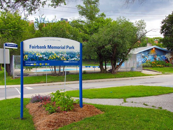 Caledonia-Fairbank real estate